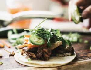 https://iamafoodblog.com/banh-mi-taco-recipe/