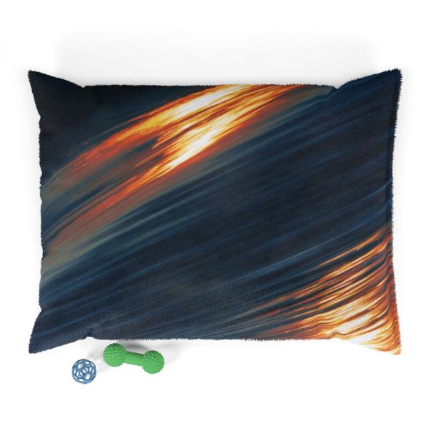 https://thesmokingchair.com/product/venice-waves-on-edge-pet-bed/