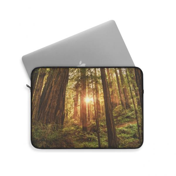 https://thesmokingchair.com/product/muir-woods-san-francisco-laptop-sleeve/
