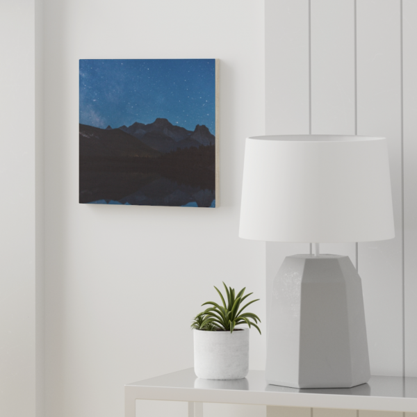 https://thesmokingchair.com/product/banff-wood-canvas/